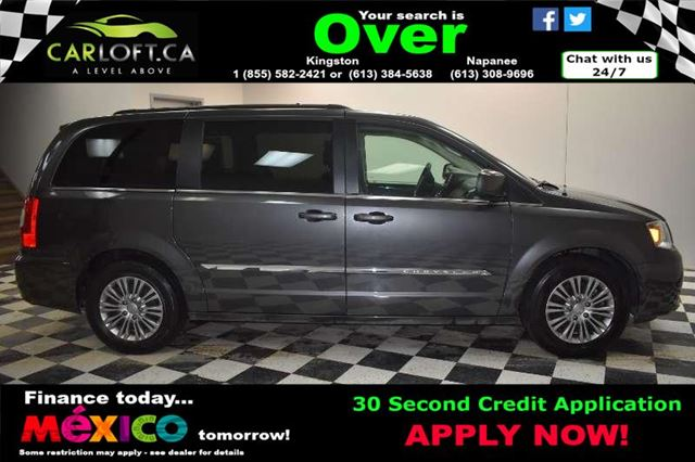 2016 CHRYSLER TOWN AND COUNTRY TOURING - LOW KMS**REMOTE START**BACKUP CAMERA in Kingston, Ontario