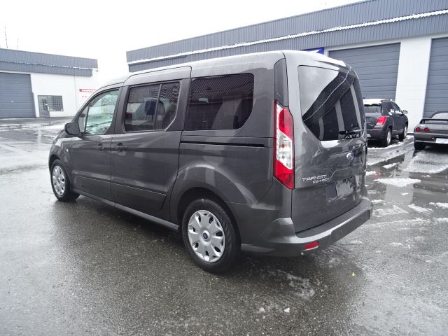 2016 ford transit connect xlt surrey british columbia used car for sale 2716384. Black Bedroom Furniture Sets. Home Design Ideas