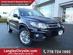2016 Volkswagen Tiguan Comfortline ACCIDENT FREE w/ AWD, REAR-VIEW CAMERA & HEATED FRONT SEATS in Surrey, British Columbia