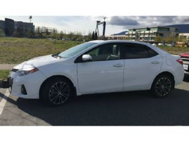 2015 toyota corolla cvt sport technology package upgrade package mississauga ontario used. Black Bedroom Furniture Sets. Home Design Ideas