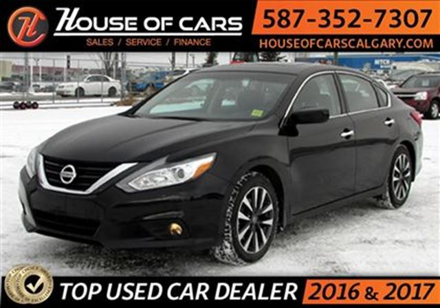 2016 nissan altima 2 5 sv calgary alberta used car for sale 2720251. Black Bedroom Furniture Sets. Home Design Ideas