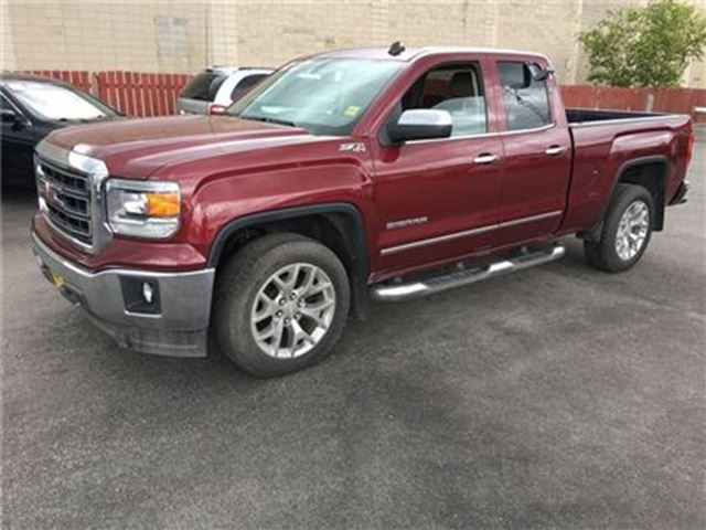 2014 GMC SIERRA 1500 SLT, Crew Cab, Automatic, Leather, 4x4 in Burlington, Ontario