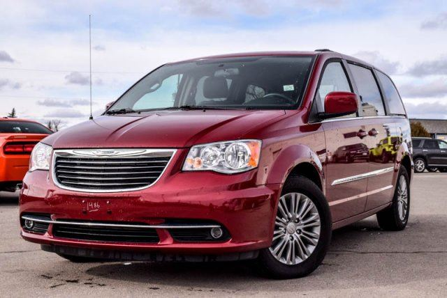 2016 chrysler town and country the image kid has it. Black Bedroom Furniture Sets. Home Design Ideas
