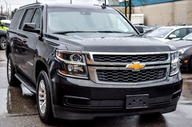 2016 chevrolet suburban lt 4x4 sun ent pkg reardvd sunroof nav bose 18alloys thornhill. Black Bedroom Furniture Sets. Home Design Ideas