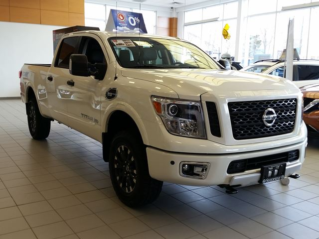 2017 nissan titan xd pro 4x toronto ontario car for sale 2720643. Black Bedroom Furniture Sets. Home Design Ideas