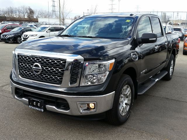 2017 nissan titan sv toronto ontario car for sale 2720644. Black Bedroom Furniture Sets. Home Design Ideas