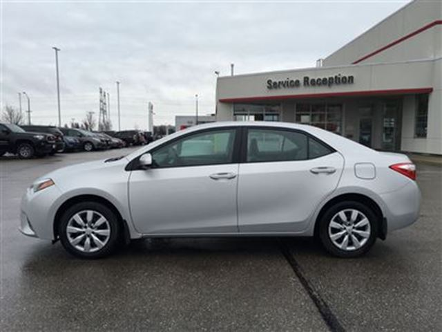 2016 toyota corolla le htd seats backup camera bowmanville ontario used car for sale 2720690. Black Bedroom Furniture Sets. Home Design Ideas