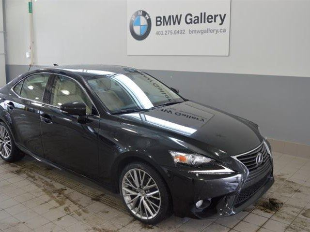 2014 lexus is 250 awd 6a calgary alberta used car for sale 2722400. Black Bedroom Furniture Sets. Home Design Ideas
