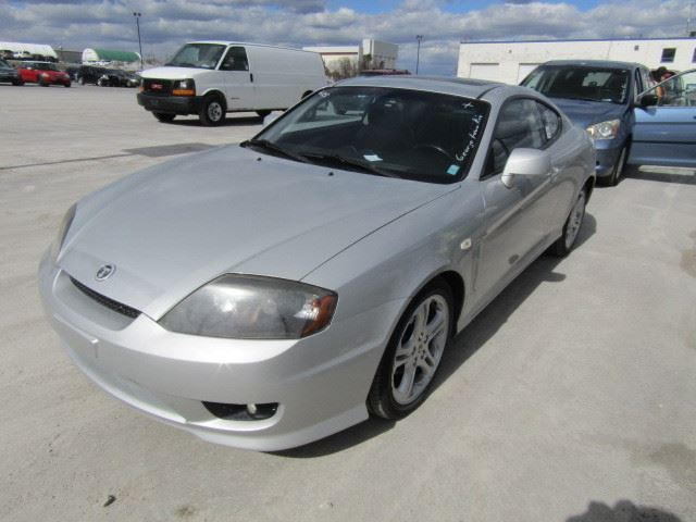 2006 hyundai tiburon silver north toronto auction. Black Bedroom Furniture Sets. Home Design Ideas