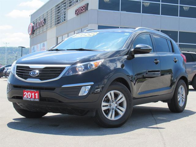 2011 Kia Sportage LX LOW LOW PAYMENTS!! in Grimsby, Ontario