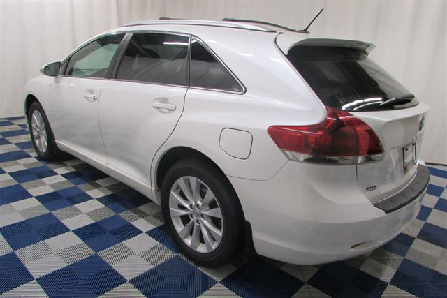 2013 toyota venza le awd alloy wheels rear view camera low km winnipeg manitoba used car for. Black Bedroom Furniture Sets. Home Design Ideas