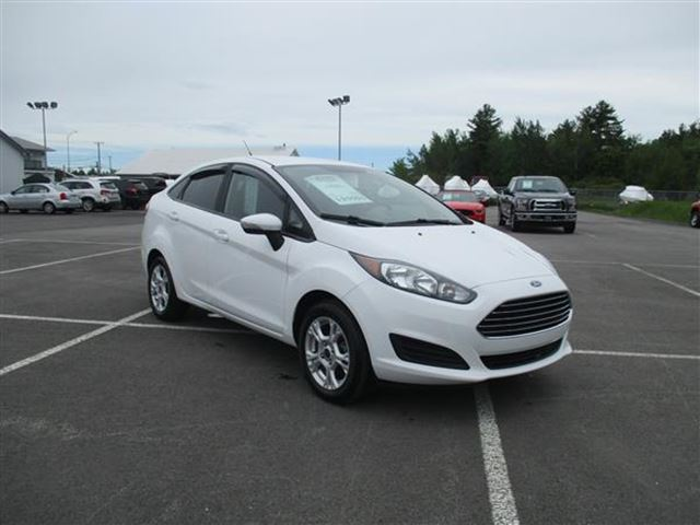 Excellent 2015 Ford Fiesta SE AC BERLINE  Joliette Quebec Used