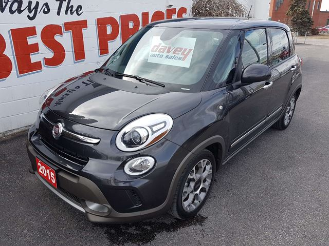2015 FIAT 500L Trekking POWER SUNROOF, NAVIGATION, DUAL CLIMATE in Oshawa, Ontario