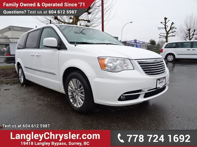 2016 chrysler town and country touring l accident free w power. Cars Review. Best American Auto & Cars Review