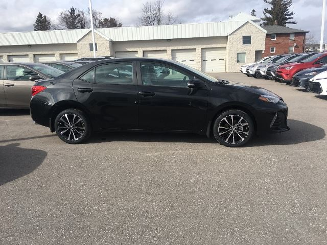 2017 toyota corolla se xse package fully loaded cobourg ontario used car for sale 2721820. Black Bedroom Furniture Sets. Home Design Ideas