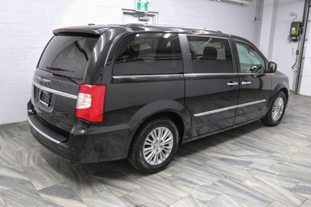 2015 chrysler town and country limited 87 wk zero down leather dual tv dvd navigation. Black Bedroom Furniture Sets. Home Design Ideas