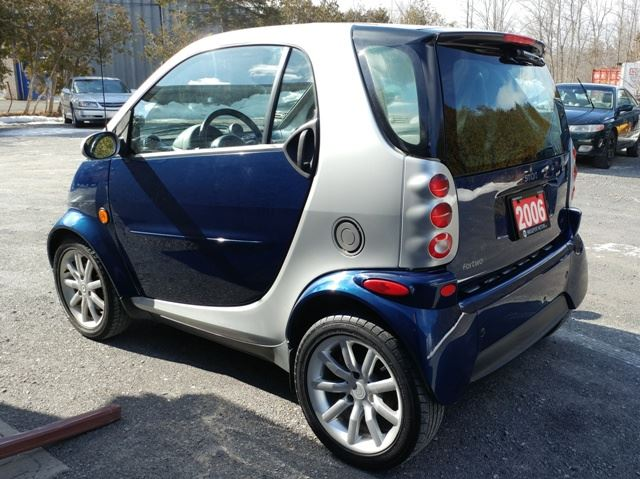 2006 smart fortwo diesel auto only 55 000 kms ottawa ontario used car for sale 2721853. Black Bedroom Furniture Sets. Home Design Ideas