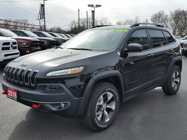 2016 jeep cherokee trailhawk 4x4 heated seats wheel. Black Bedroom Furniture Sets. Home Design Ideas