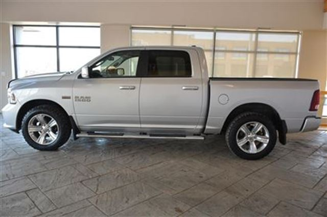 2014 dodge ram 1500 sport crew cab 4x4 5 7 hemi nav leather 20 al milton ontario used car. Black Bedroom Furniture Sets. Home Design Ideas
