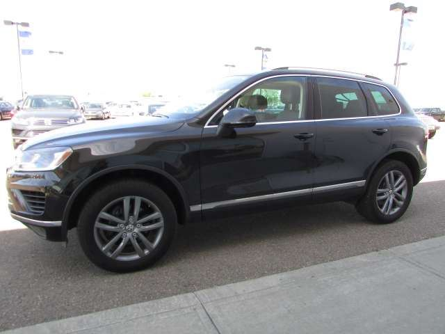 2016 Volkswagen Touareg 3.6L Highline 4Motion in Medicine Hat, Alberta