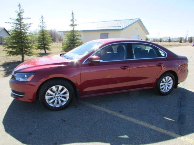 2015 volkswagen passat 1 8 tsi sedan medicine hat alberta used car for sale 2743842. Black Bedroom Furniture Sets. Home Design Ideas
