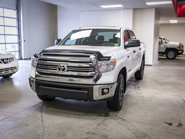 2016 TOYOTA Tundra SR5 TRD OFF ROAD, HEATED SEATS, TOUCH SCREEN, BACK UP CAMERA, SUNROOF, ALLOY RIMS, BLUETOOTH, 5.7L V8, 4X4, CREWMAX in Edmonton, Alberta