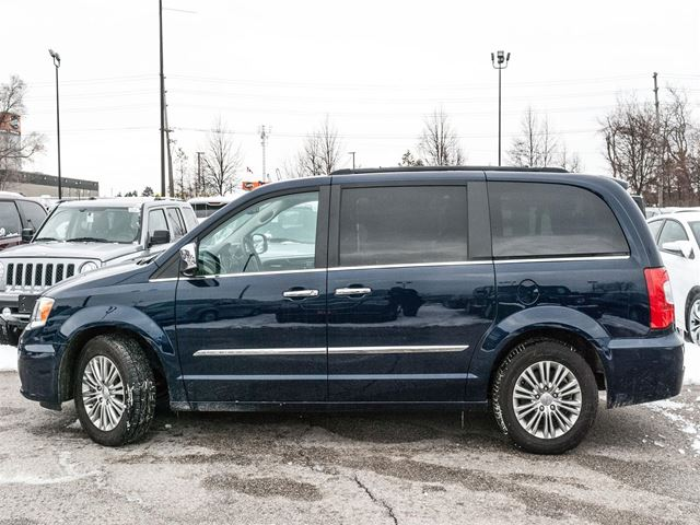 2016 chrysler town and country touring l barrie ontario used car for sale 2722769. Black Bedroom Furniture Sets. Home Design Ideas
