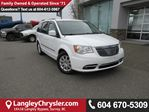 2016 Chrysler Town and Country Touring ACCIDENT FREE w/ POWER SLIDING DOORS/LIFTGATE & REAR-VIEW CAMERA in Surrey, British Columbia
