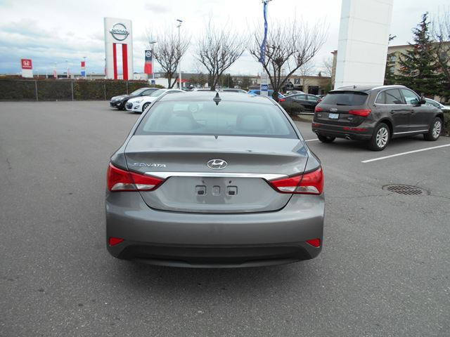 2014 hyundai sonata gls surrey british columbia used car for sale 2722989. Black Bedroom Furniture Sets. Home Design Ideas