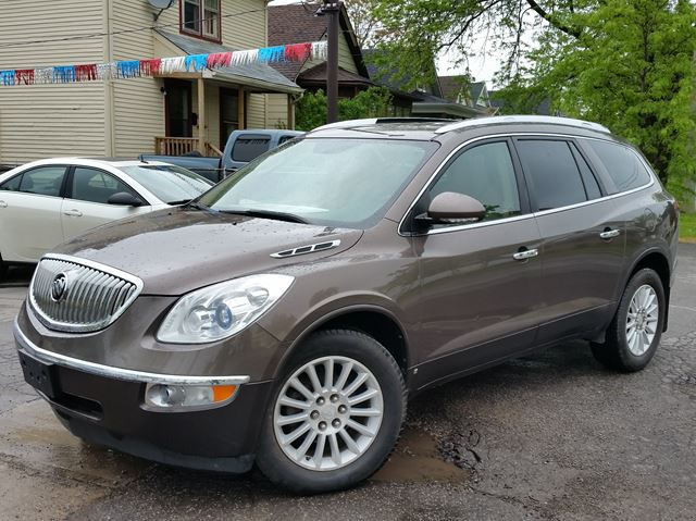 2010 BUICK ENCLAVE CX AWD in St Catharines, Ontario