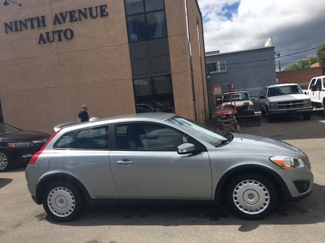 2011 Volvo C30 2dr Hatchback coupe Turbo T5, in Calgary, Alberta