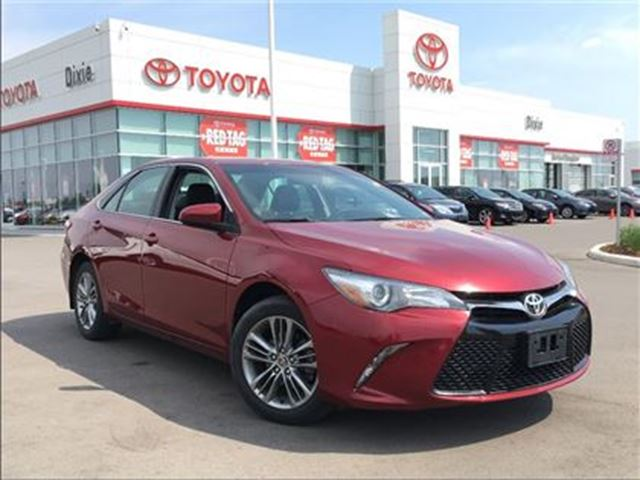 2015 toyota camry se mississauga ontario car for sale 2725388. Black Bedroom Furniture Sets. Home Design Ideas