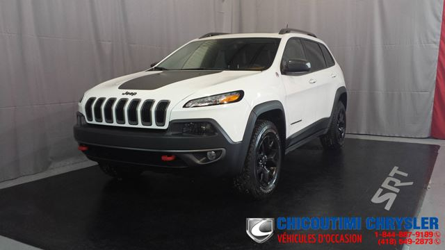 2016 Jeep Cherokee Trailhawk V6 in Chicoutimi, Quebec