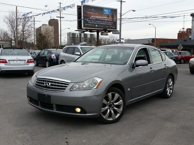 2006 infiniti m35 ottawa ontario used car for sale 2725478. Black Bedroom Furniture Sets. Home Design Ideas