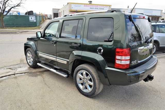 2010 jeep liberty limited edition navigation sunroof brampton ontario car for sale 2726195. Black Bedroom Furniture Sets. Home Design Ideas