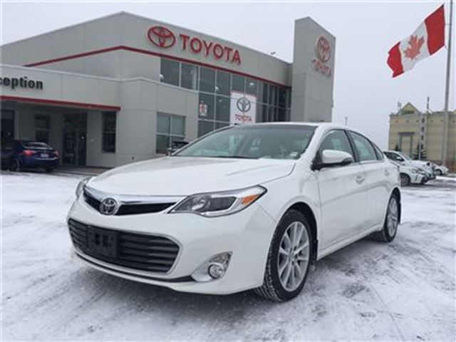 2014 toyota avalon limited nav 1 owner mint bowmanville. Black Bedroom Furniture Sets. Home Design Ideas