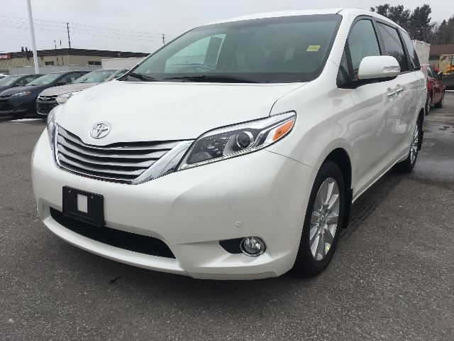 2017 Toyota Sienna LIMITED+NAVIGATION+HEATED SEAT   in Cobourg, Ontario
