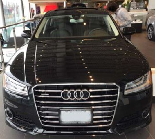 2017 audi a8 executive demo fully loaded a8 over 20 000 in savings mississauga ontario. Black Bedroom Furniture Sets. Home Design Ideas