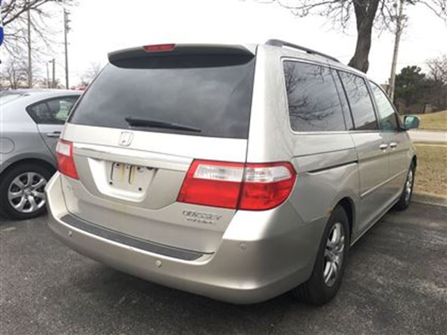 2005 honda odyssey touring burlington ontario used car for sale 2727885. Black Bedroom Furniture Sets. Home Design Ideas