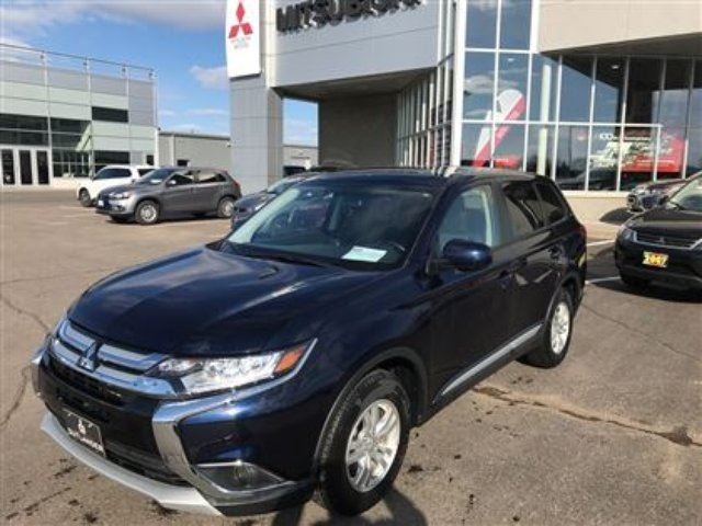 2016 MITSUBISHI OUTLANDER ES 4x4, Heated Seats, Bal of 10 Year Warranty!! in Thunder Bay, Ontario