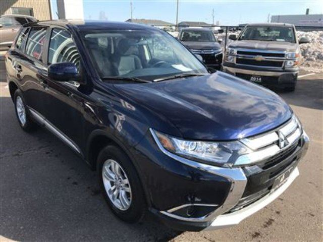 2016 mitsubishi outlander es 4x4 heated seats bal of 10 year warranty thunder bay ontario. Black Bedroom Furniture Sets. Home Design Ideas