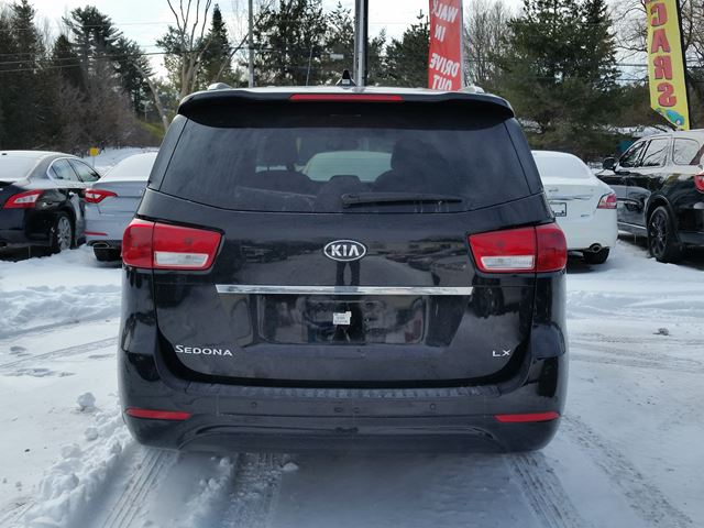 2016 kia sedona lx rockland ontario used car for sale 2727345. Black Bedroom Furniture Sets. Home Design Ideas