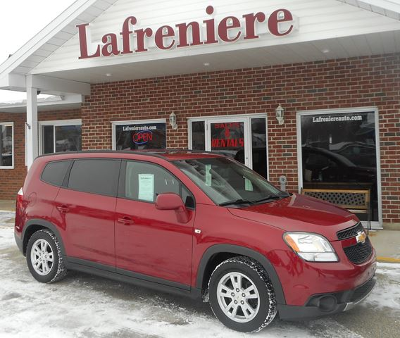 2012 Chevrolet Orlando 1LT Red