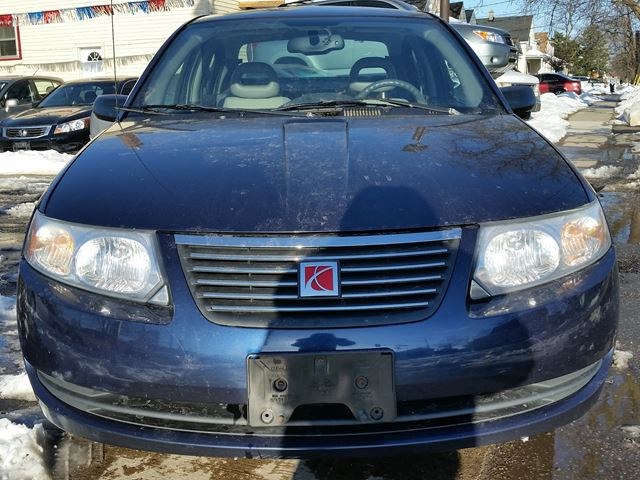 2007 saturn ion ion 2 midlevel st catharines ontario used car for sale 2728504. Black Bedroom Furniture Sets. Home Design Ideas