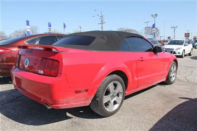 2007 ford mustang gt leather rwd essex ontario used car for sale 2728253. Black Bedroom Furniture Sets. Home Design Ideas