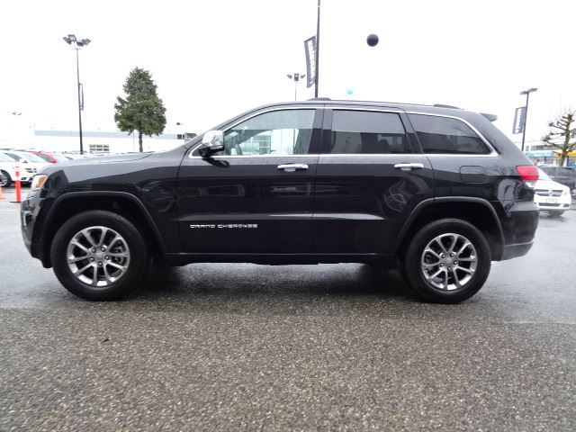 2016 jeep grand cherokee limited accident free w v8 power 4x4 navigation surrey british. Black Bedroom Furniture Sets. Home Design Ideas