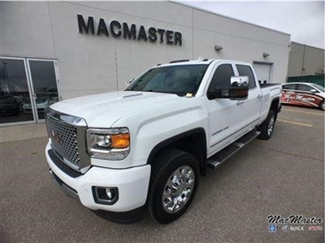 2016 gmc sierra 2500 denali orangeville ontario used car for sale 2728265. Black Bedroom Furniture Sets. Home Design Ideas