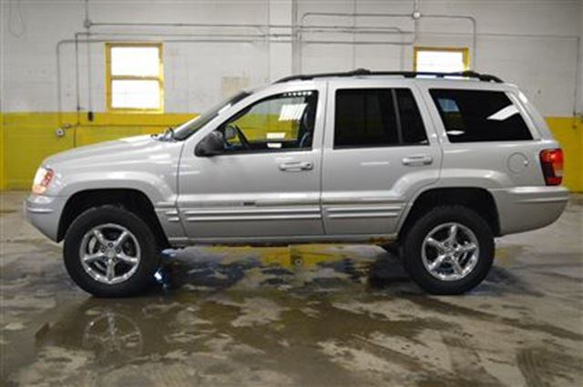 2004 jeep grand cherokee limited 4x4 v8 leather ottawa ontario used car for sale 2728902. Black Bedroom Furniture Sets. Home Design Ideas