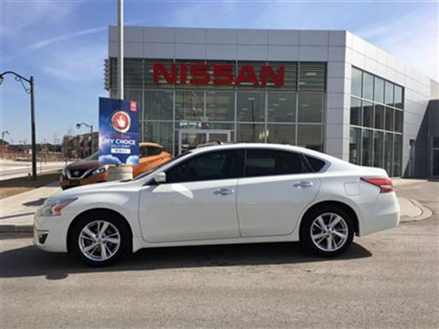 2015 nissan altima 2 5 sl navigation bose audio markham ontario used car for sale 2729666. Black Bedroom Furniture Sets. Home Design Ideas