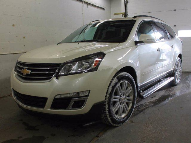 2013 chevrolet traverse 1lt all wheel drive rear back up camera dual sunroof edmonton. Black Bedroom Furniture Sets. Home Design Ideas